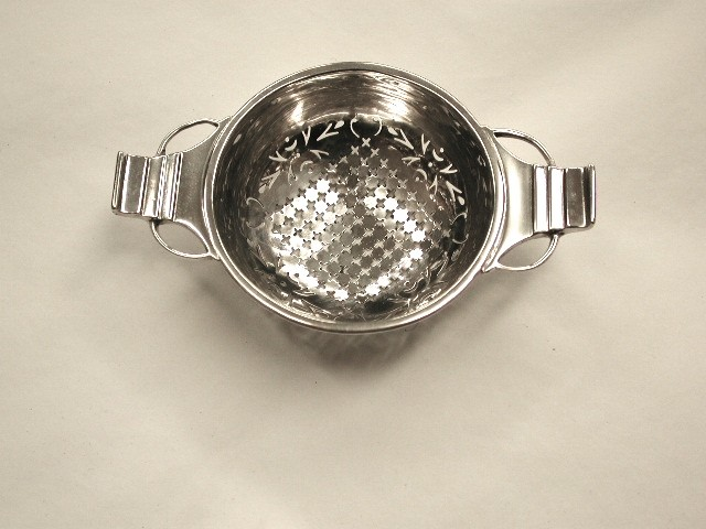Silver Art Deco Teastrainer.