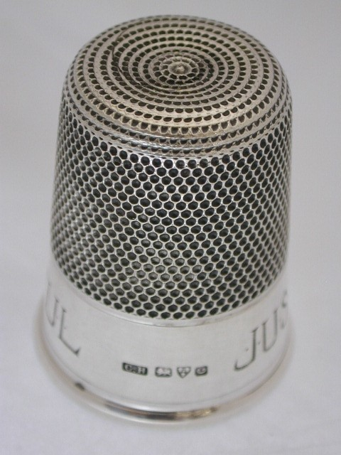 Silver Thimble Shaped Drinks Measure