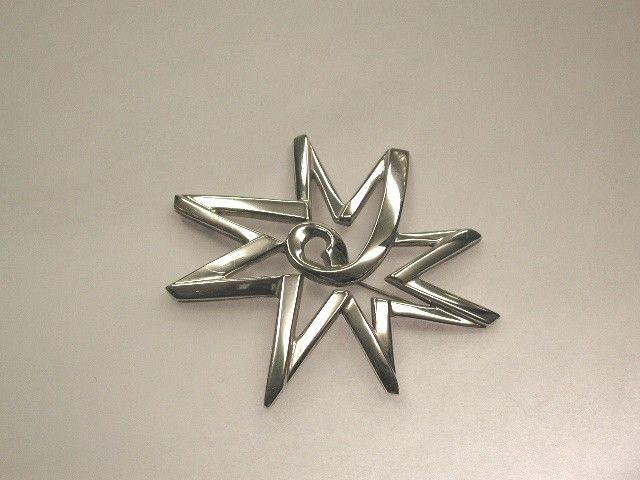 Tiffany and Co Silver Brooch designed by Paloma Picasso